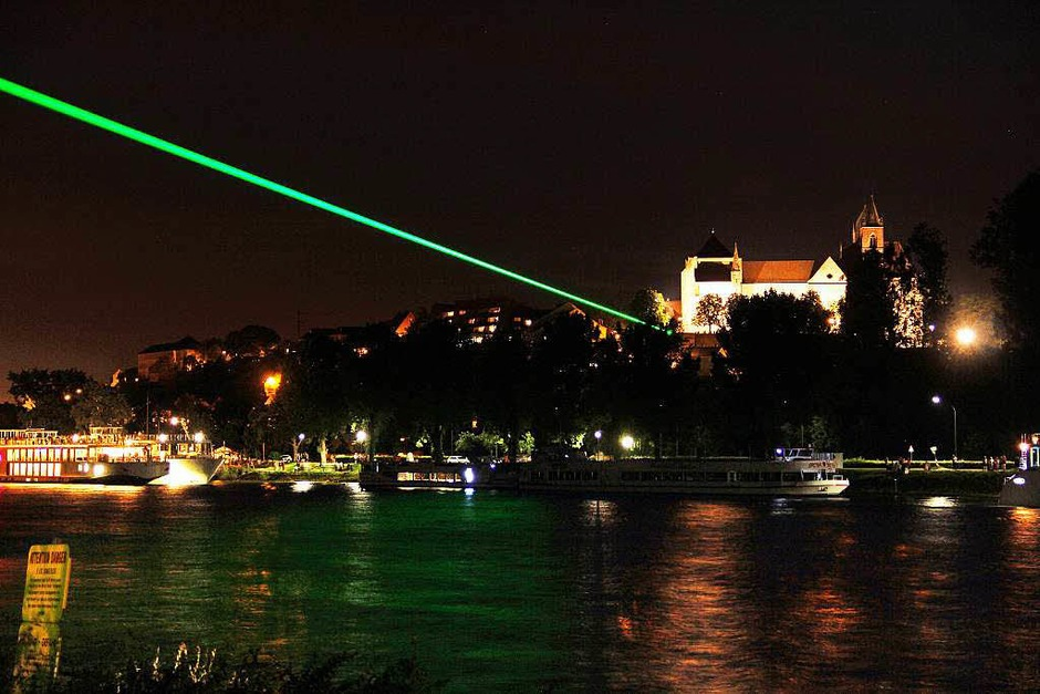 Impressionen vom deutsch-französischen Lichterfest auf der Rheininsel (Foto: Hans-Peter Ziesmer)