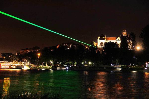 Impressionen vom deutsch-französischen Lichterfest auf der Rheininsel