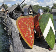Pfahlbaumuseum am Bodensee: Das Mittelalter ist zu Gast