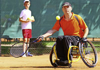 Tennis trotz Rollstuhls
