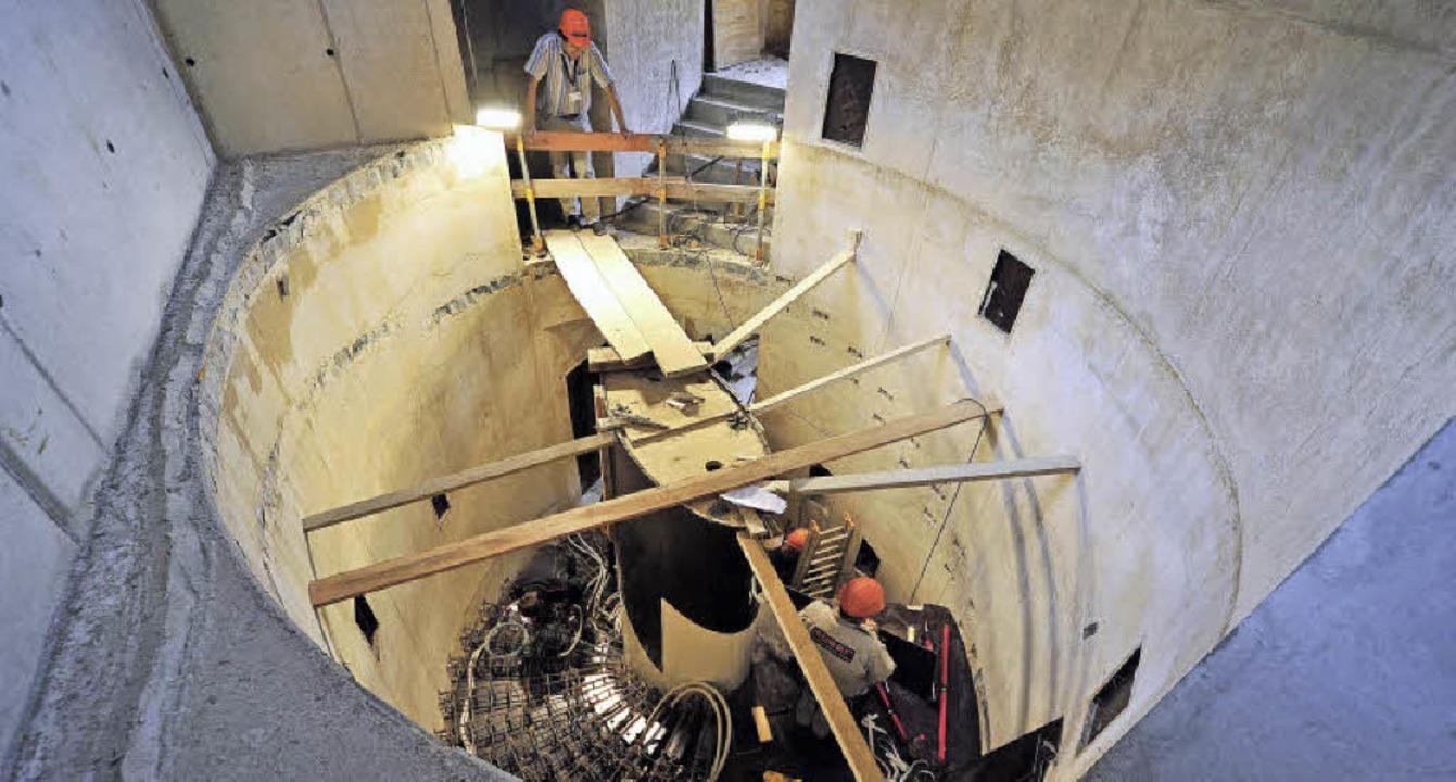 Einbau der  Kleinodientreppe im neuen Torhaus am Augustinermuseum    Foto: Thomas Kunz