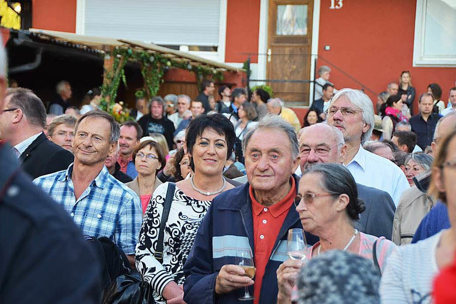 Beim 30. Wolfenweiler Weinfest der Gemeinde Schallstadt gab es guten Wein, gutgelaunte Festgäste und eine lustige Winzerolympiade. (Foto: Kathrin Blum)