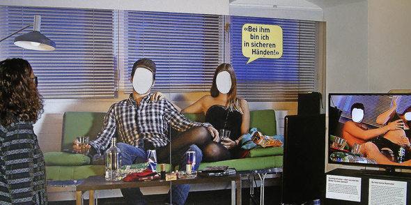 ausstellung zeigt gesichter h uslicher gewalt baselland badische zeitung. Black Bedroom Furniture Sets. Home Design Ideas