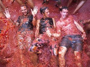 Weltgr��te Tomatenschlacht in Spanien