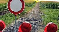 Ein fast unzerst�rbarer Weg – weggebaggert