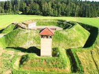 Gersbach r�stet auf: Palisaden f�r die Barockschanze