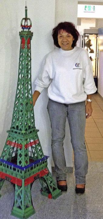 Der Miniatur Eiffelturm ist 1,85 Meter hoch.   | Foto: Privat
