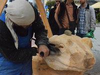 """""""Wie immer fantastisch"""": Die Holzskulpturen sind fertig"""