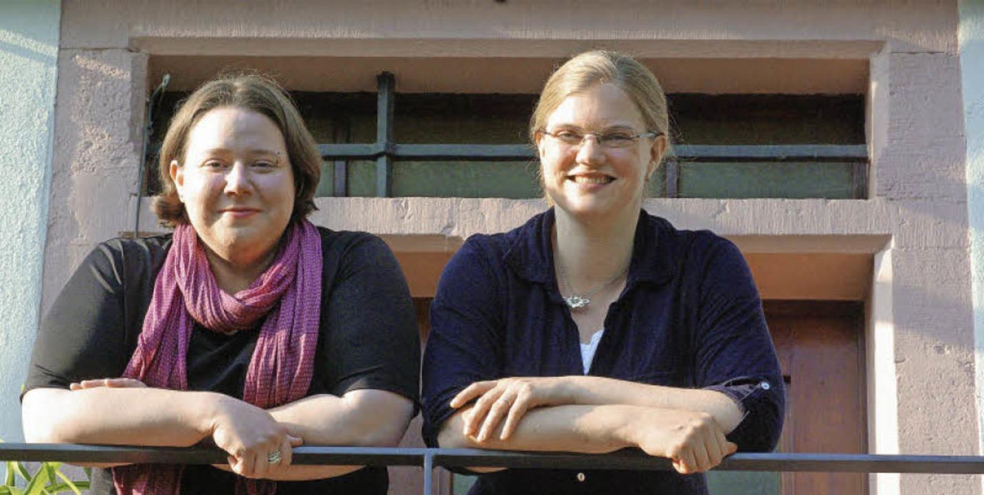 Haben sich in Tiengen schon etwas eing...fanie Steidel (links) und Miriam Jakob  | Foto: Günter Hammer