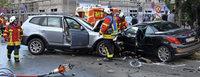 Spektakul�rer Unfall fordert vier Schwer- und zwei Leichtverletzte