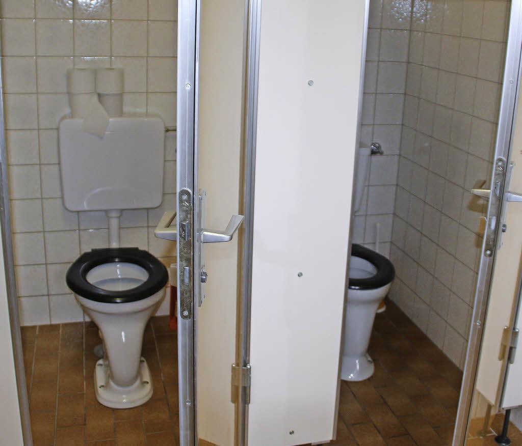 neue toiletten f r den gemeindesaal harpolingen bad s ckingen badische zeitung. Black Bedroom Furniture Sets. Home Design Ideas