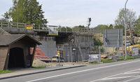 Fertigstellung der Eisenbahnbr�cke verz�gert sich um ein halbes Jahr