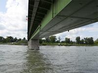 Teilsperrung der Breisacher Rheinbr�cke wird verl�ngert