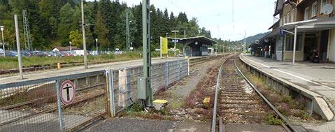 Bahn schlie�t Behinderte in Neustadt vom Zugverkehr aus