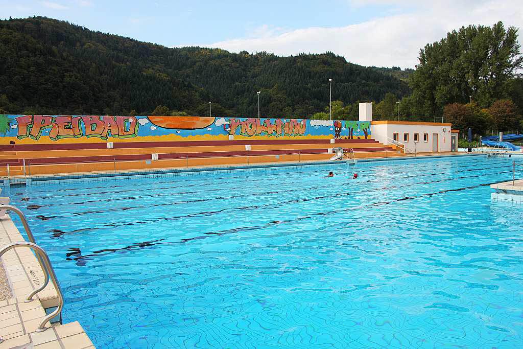 Waldkircher gemeinderat vergibt auftr ge f r for Schwimmbadsanierung