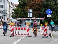 Absperrung auf Freiburger Kronenbr�cke irritiert Radler