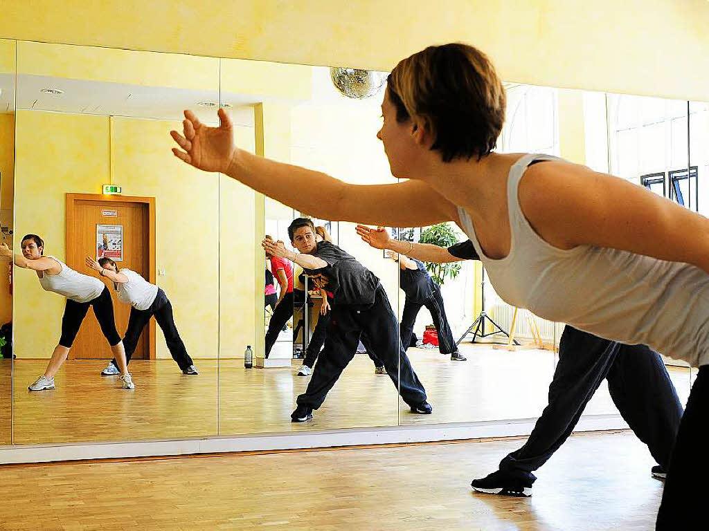 Tanzschule gutmann freiburg single Tanzpartnerin FREIBURG, - Tanzpartner-Börse - Suche