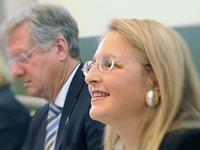 Vorsitzende der Doping-Kommission droht mit R�cktritt