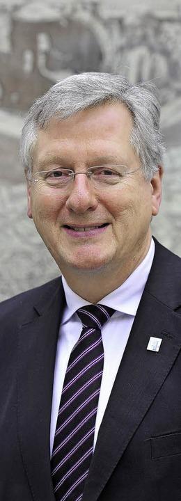 """""""Es muss uns jetzt ein Ergebnis ...8211; Uni-Rektor Hans-Jochen Schiewer     Foto: Kunz"""