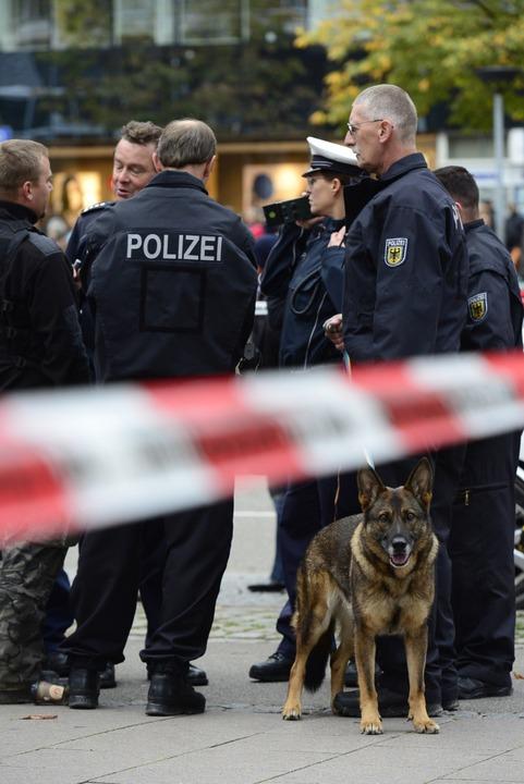 Polizeieinsatz in der Freiburger City  | Foto: Ingo Schneider