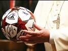 Audienz gew�hrt: Der Papst empf�ngt den FC Bayern