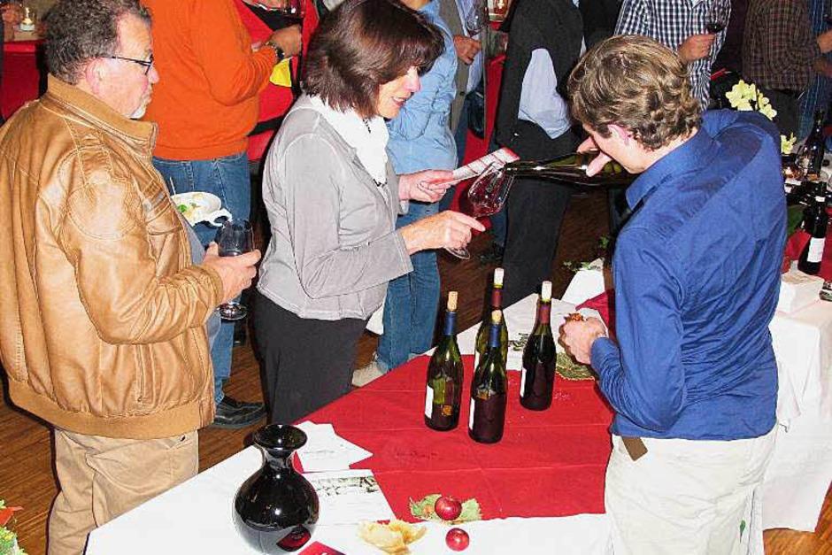 Die Markgräfler Rotweinnacht in Bad Bellingen ist mittlerweile ein fester Termin im Herbst für Weinfreunde aus Nah und Fern. (Foto: Jutta Schütz)