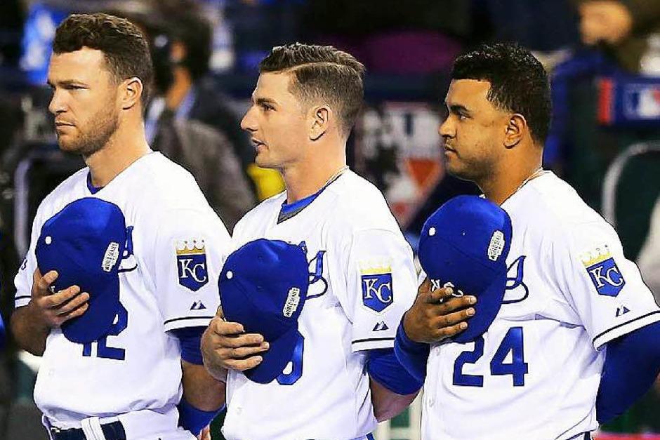 Die US-Hymne darf bei derart wichtigen Sportveranstaltungen nicht fehlen. (Foto: AFP)