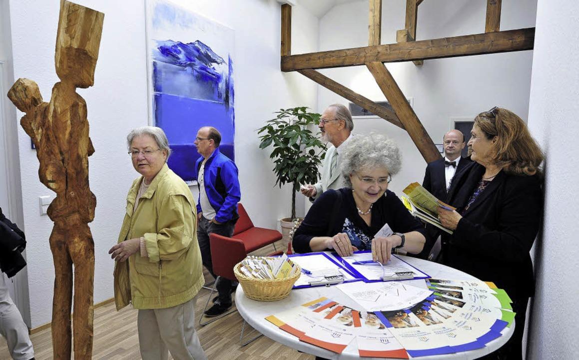 Interessierte Besucher auch unterm Dach     Foto: Thomas Kunz