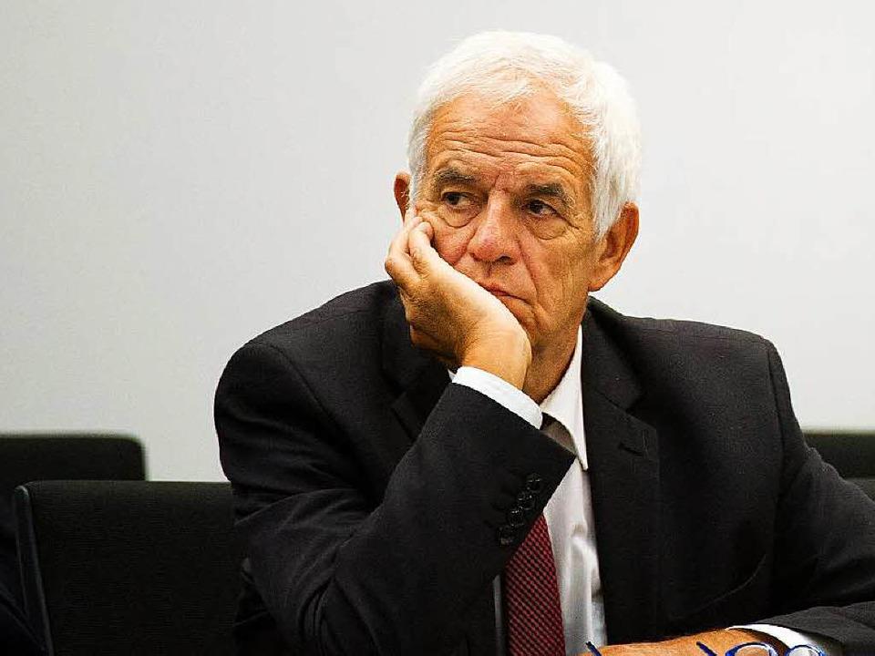 Rainer  Stickelberger – die CDU schießt sich auf den Minister  ein.   | Foto: dpa