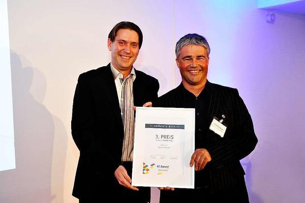 3.Platz Online Only fürThomas Piske (li.), hier mit Laudator Steffen Rümpler