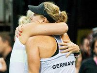 Fed-Cup-Finale: Tr�nen statt Triumph f�r Deutschland