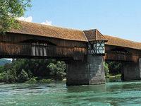 Schweizer Armee hat Brücken mit Sprengstoff bestückt