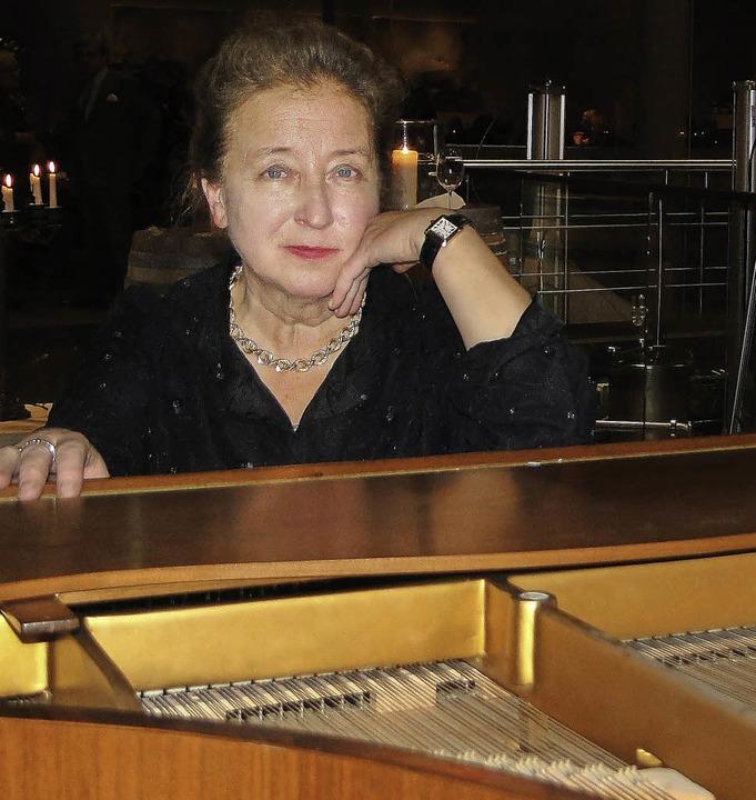 Die Pianistin Elza Kolodin gab in der ...ergener Kellerwirtschaft ein Konzert.   | Foto: Elisabeth Saller