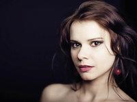 Polnische Pianistin Oliwia Grabowska spielt im Kulturcaf�