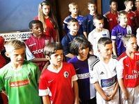 Friedenslied: Zwei SC-Kinder singen im Chor in Liverpool