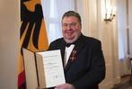Fotos: BZ-Herausgeber Christian Hodeige mit Bundesverdienstkreuz ausgezeichnet