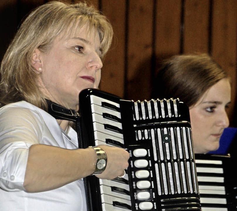 Feierliche Musik in der Eichmattenhalle   | Foto: Helena Kiefer