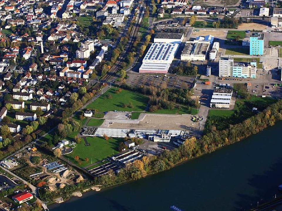 Die ehemalige, inzwischen teilweise überbaute Keßlergrube direkt am Rhein  | Foto: Erich Meyer