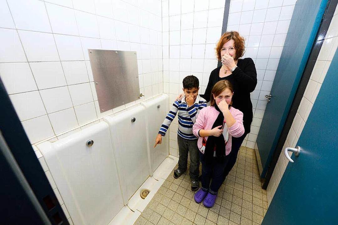 Kein Ort der Erleichterung: Lehrerin A...n Toiletten der Adolf-Reichwein-Schule  | Foto: Ingo Schneider
