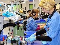 Maxon-Mitarbeiter in Sexau wettern gegen die IG Metall
