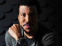 Lionel Richie bei Stimmen-Festival 2015 in L�rrach