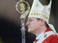 Freiburger Erzbischof ruft zu Hilfe f�r Fl�chtlinge auf