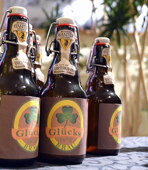 Glücks-Bräu: Das passende Bier zum Leichenschmaus?  | Foto: Anita Fertl