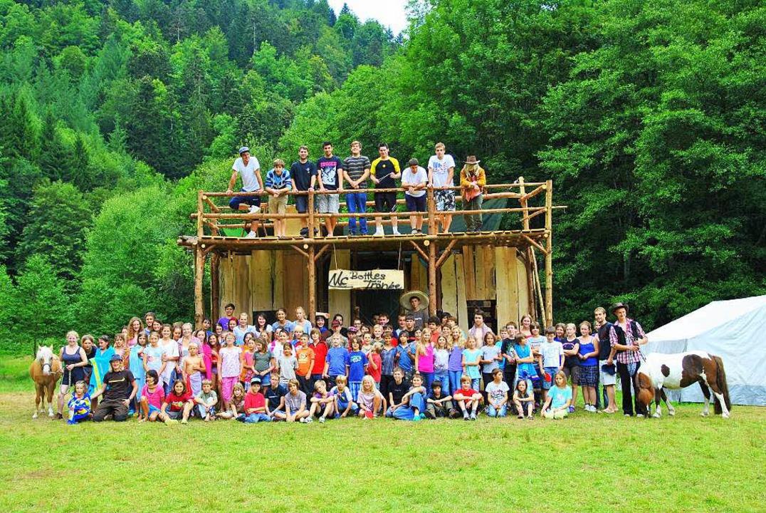 """Leinegg 2011: Das Sommerlager der KJG ...""""Damals im Wilden Westen"""".    Foto: privat"""