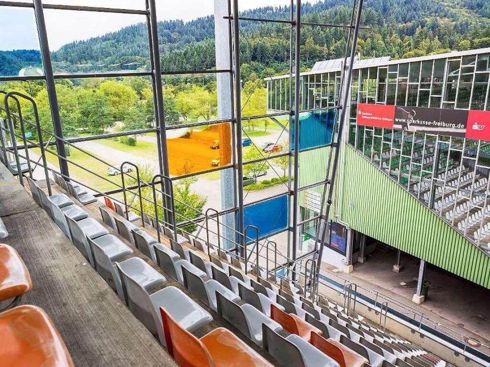 Für das alte Stadion benötigt der SC Freiburg Ausnahmegenehmigungen.  | Foto: Carlotta Huber