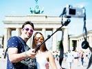 Selfie Sticks erobern Touristenmetropolen