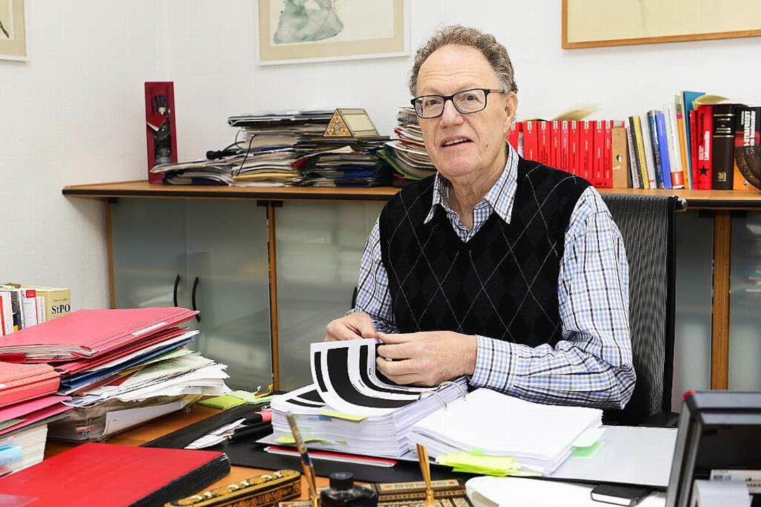michael moos wurde jahrzehntelang vom verfassungsschutz beobachtet freiburg badische zeitung. Black Bedroom Furniture Sets. Home Design Ideas