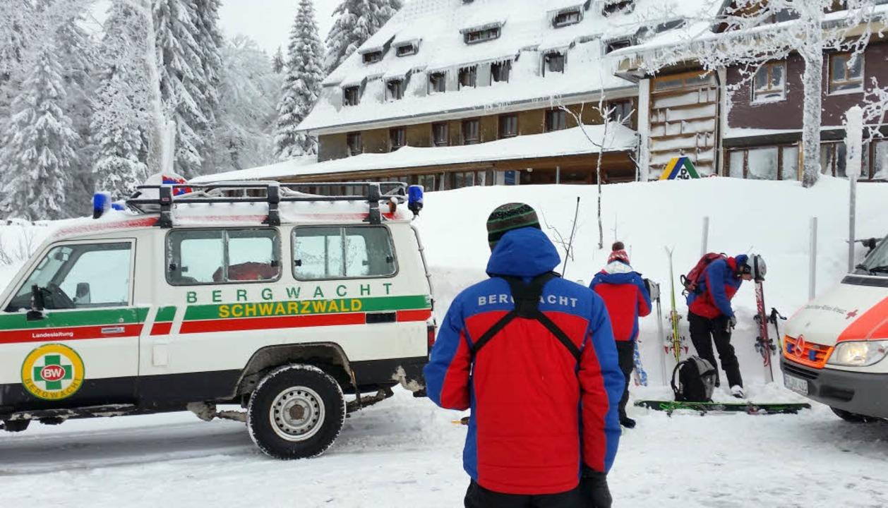 Helfer der Bergwacht am Feldberg    Foto: dpa