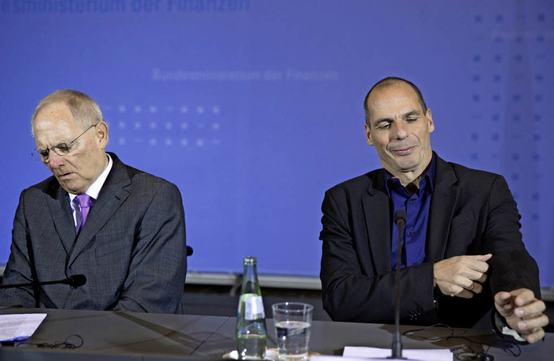 So verschieden – die Kassenwarte  Schäuble (l.) und  Varoufakis   | Foto: dpa