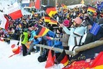 Fotos: Weltcup-Skispringen in Neustadt – Fans und Fahnen